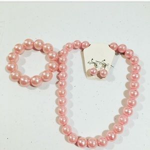 Jewelry - NIB🌸Pastel Pink Chunky Faux Pearl 3 Piece Set 🙌